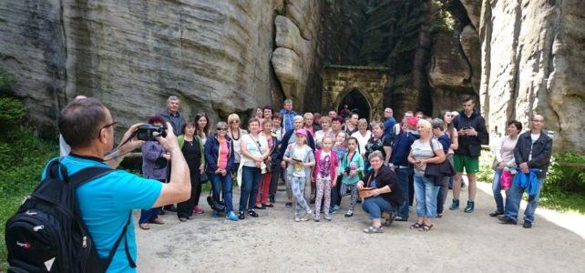 Wycieczka do Skalnego Miasta oraz Sanktuarium Matki Bożej Łaskawej w Krzeszowie